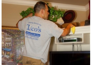Sacramento house cleaning service Tico's Cleaning Service Inc.