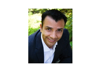 Santa Ana plastic surgeon Tim Roham, MD