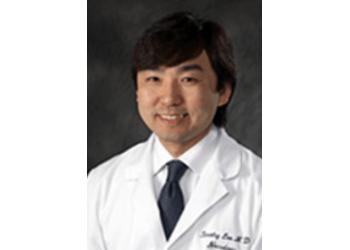 Nashville neurologist Timothy S. Lee, MD