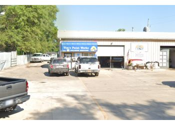 Topeka auto body shop Tim's Paint Works Collision Services