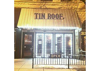 Joliet american cuisine Tin Roof