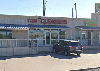 Killeen dry cleaner Tom Cleaner