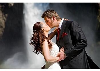 Seattle wedding photographer Tom Ellis Photography