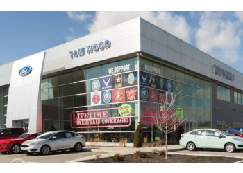 Indianapolis car dealership Tom Wood Ford