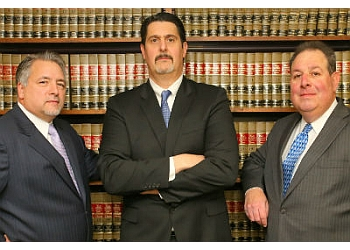 Fresno medical malpractice lawyer Paul J. Pimentel - TOMASSIAN PIMENTEL & SHAPAZIAN