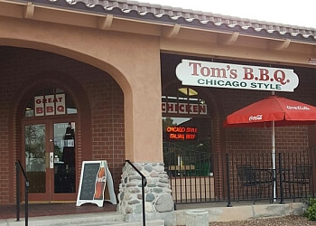 Tempe barbecue restaurant Tom's BBQ Chicago Style