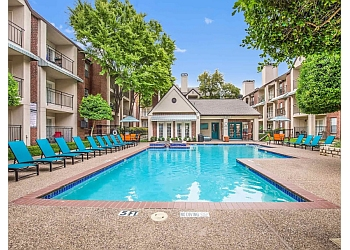 Dallas apartments for rent Tonti Lakeside Apartments