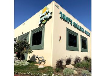 Oxnard auto body shop Tony's Body Shop