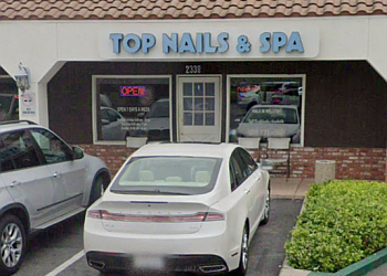 Thousand Oaks nail salon Top Nails Spa & Waxing