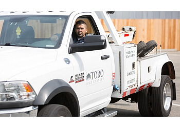 Oakland towing company Toro Road Runners