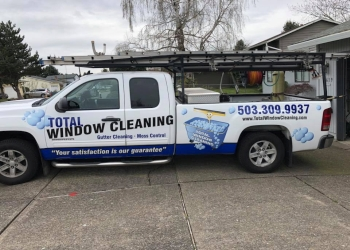 Portland window cleaner Total Window Cleaning, Inc.