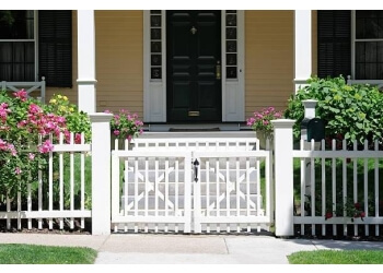 Charlotte fencing contractor Town & Country Fence