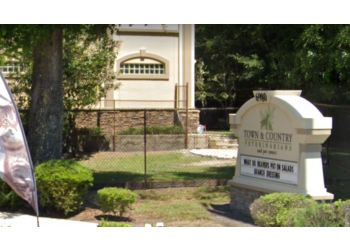 Gainesville veterinary clinic Town & Country Veterinarians and Pet Resort