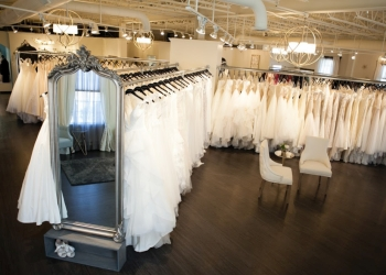 St Louis bridal shop Town & Country Bridal and Formalwear