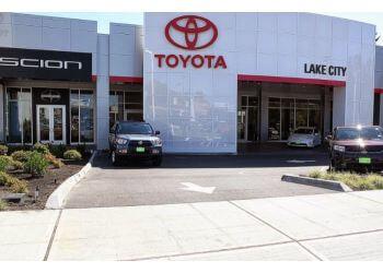 Seattle car dealership Toyota of Lake City