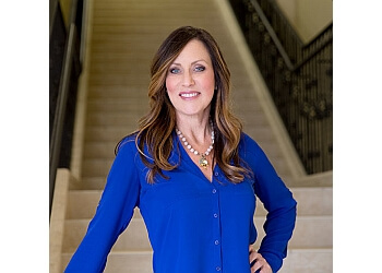 Bakersfield real estate agent Tracey Tipton