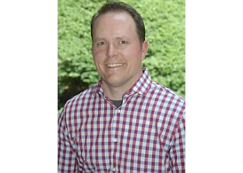 Allentown physical therapist Travis Robbins, MSPT, CSCS, FAAOMPT