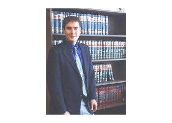 Lakewood divorce lawyer Travis S. Whitson