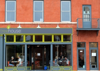 St Louis vegetarian restaurant Tree House Restaurant