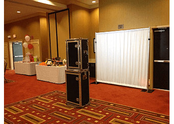 Los Angeles photo booth company Triumph Photobooth