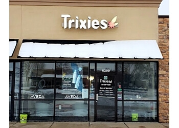 Des Moines hair salon Trixies Salon