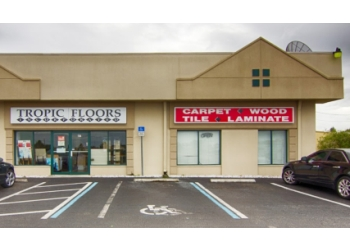 Cape Coral flooring store Tropic Floors