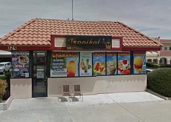 Palmdale juice bar Tropikal Calle 8