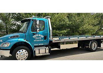 Lexington towing company True Blue Towing LLC