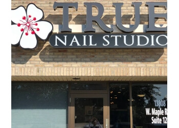 Omaha nail salon True Nail Studio