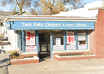 Toledo dry cleaner Twin Oaks Cleaners