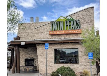 Albuquerque sports bar Twin Peaks