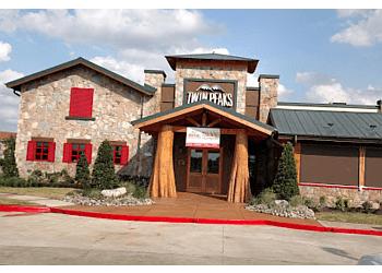 Beaumont sports bar Twin Peaks