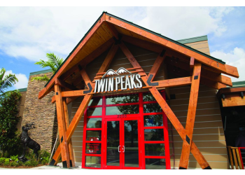 Sacramento sports bar Twin Peaks