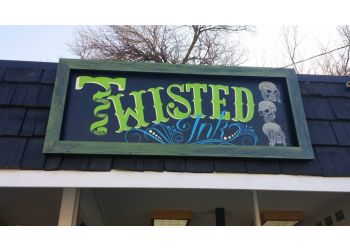 Des Moines tattoo shop Twisted Ink