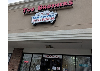 Virginia Beach pet grooming Two Brothers