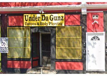 Rochester tattoo shop Under Da Gunz Tattoo Trap