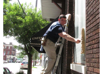 Cincinnati window cleaner United Window Cleaning Company, Inc.