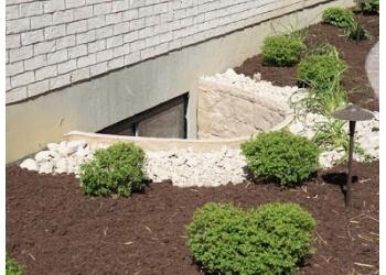 Cincinnati lawn care service Upscale Lawncare Inc.