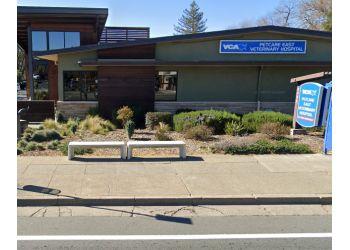 Santa Rosa veterinary clinic VCA PetCare East Veterinary Hospital