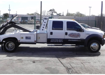 St Petersburg towing company VICTORY TOWING & RECOVERY