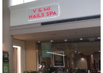 Pembroke Pines nail salon V & Mi Nails Spa