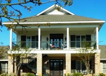 Santa Ana home builder V & V Builders Inc.