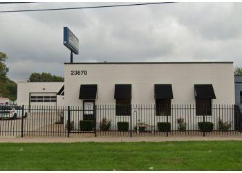 Warren auto body shop Van 8 Collision