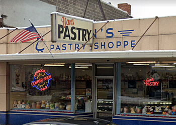 Grand Rapids bakery Van's Pastry Shoppe