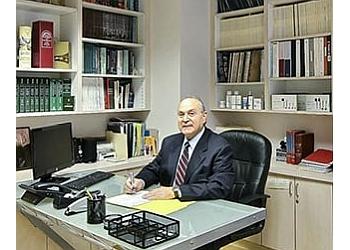 Glendale plastic surgeon Vatche B. Bardakjian, MD