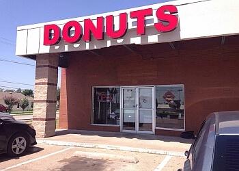 Garland bagel shop Vaughn's Donuts