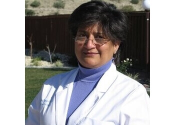 Rancho Cucamonga physical therapist Vazira Kanga, PT, MHA
