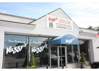 Bridgeport italian restaurant Vazzy's