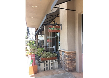 Huntington Beach vegetarian restaurant VegiLicious Best All Natural Vegan Cafe