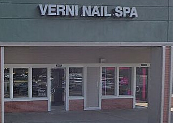 Torrance nail salon Verni Nail Spa